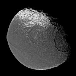 Iapetus\'s equatorial ridge